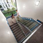 Wizualizacja klatki schodowej zzaznaczoną izolacją akustyczną Schöck Tronsole Fot.Schöck