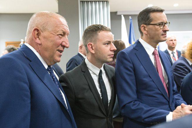 Fakro premier Morawiecki