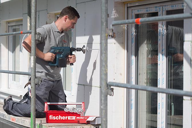 Montaż docieplenia_fot.fischer
